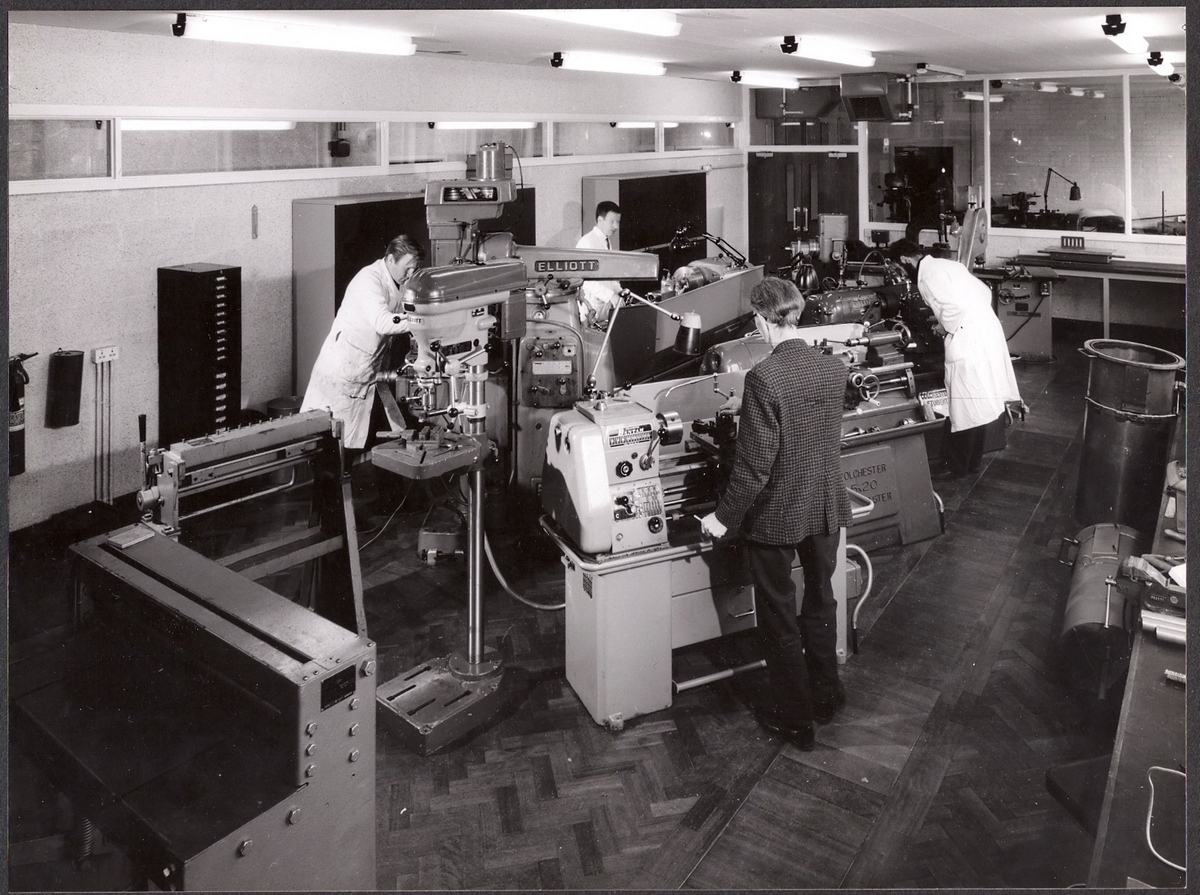 p050-lab-workshop-1967