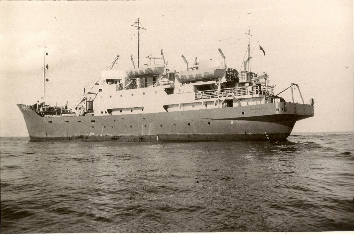 p062-rss-shackleton